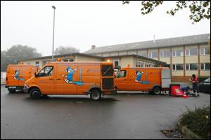 Unsere Einsatzwagen sind immer bereit, Ihnen bei Ihren Problemen zu helfen. Sie sehen unsere Einsatzwagen.